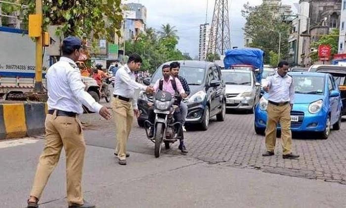 police-traffic